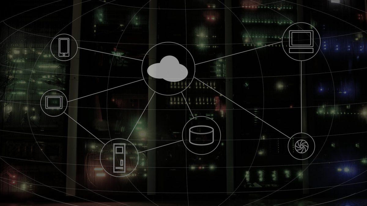 Cloud computing by wynpnt on Pixabay (CC0)